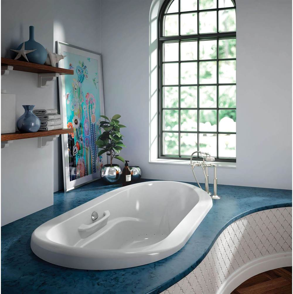 Bain Ultra AMMA OVAL 7242 at Kitchens and Baths by Briggs Bath ...